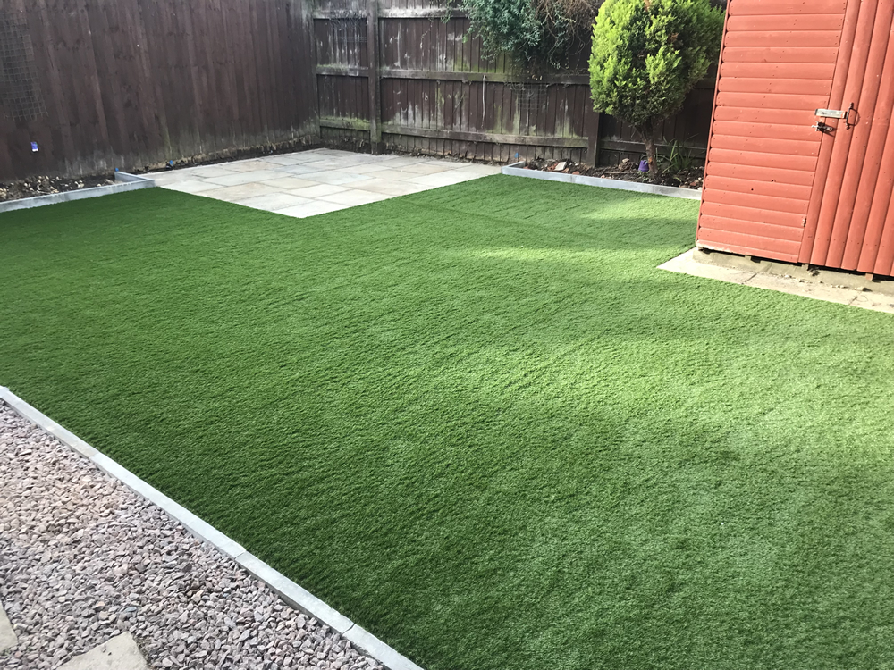 artificial-grass-bourne1
